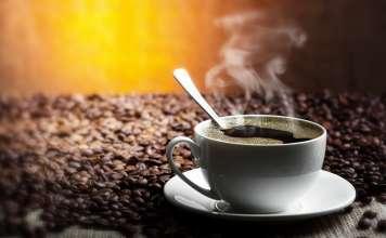 Горячий кофе.