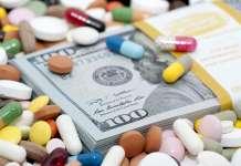 Лекарства превращаются в деньги.