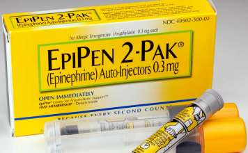 «ЭпиПен» (EpiPen, эпинефрин).